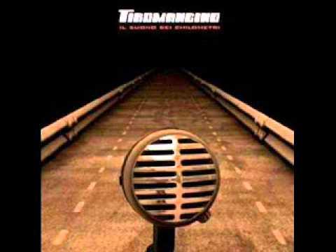 Tiromancino - La descrizione di un attimo LIVE (Il suono dei chilometri)
