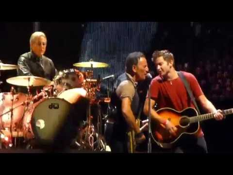 Bruce Springsteen & Matthew Aucoin - No Surrender (Multi Cam) - Philadelphia (9/9/16)