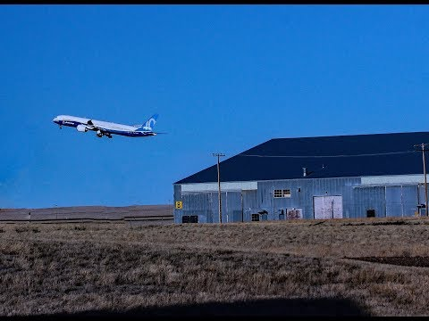 """Dreamliner"" visits Valley County"