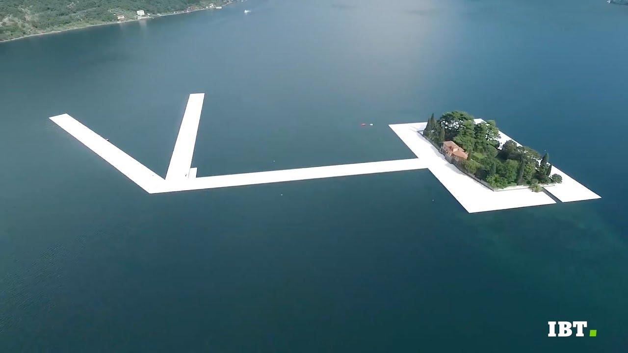 Il ponte galleggiante sul lago d'Iseo