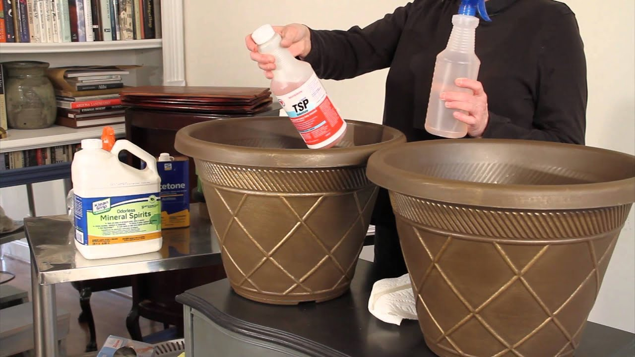 Prepping Plastic Planter Pots from Home Depot for Chalk Paint - YouTube