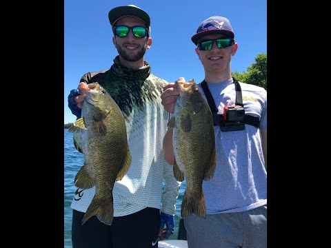 Fishing The 1000 Islands: Smallmouth Heaven Part 1