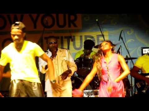 Tony Washington  Concert a YaFé 2015 vidéo clip officiel 2015
