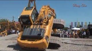 Atraksi uji coba tenaga Excavator Komatsu Case