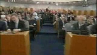 المصادقة على مشروع تعديل الدستور في الجزائر  - Zitout