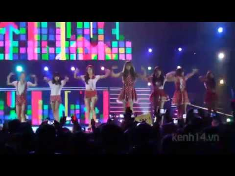 T - Ara - Roly Poly in Việt Nam - Kpop Festival 2012