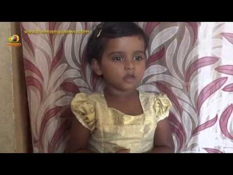 Independence Day Special - Cute Indian Girl Singing Vande Mataram Song