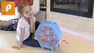 Распаковываем чемоданчик с детской косметикой - косметика для девочек