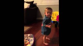 "Best baby dancing ...Journey singing and dancing to Volveat ""Lola Montez"""