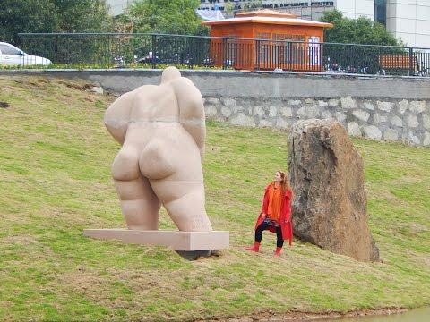 """Sculptures of BEATA ROSTAS/ """"Creator/ Az Alkotó in Changsha, China, Li Zijan's Museum, 2016"""