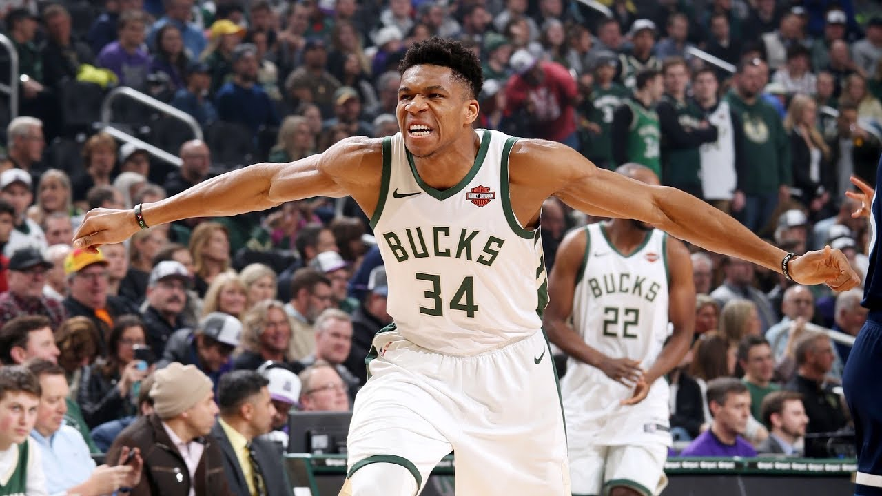 Giannis Antetokounmpo Drops 27 Points vs Timberwolves  cc5b8e3c3
