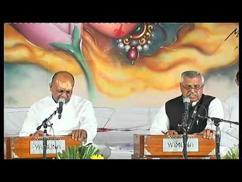 Bhajan Sandhya : Vinod Agarwal (Laxmi Nagar Delhi)