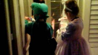 Halloween 2009 - Wait for ME!