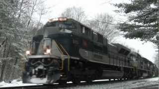 HD: Wabash Heritage Unit NS 1070 Leads Pan Am Loaded Coal Train MOBO Through Massachusetts! - 3/7/13
