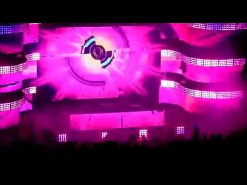 Bassnectar @ Red Rocks, May 2014 - Hide & Seek / Empathy (thousands of lighters!)
