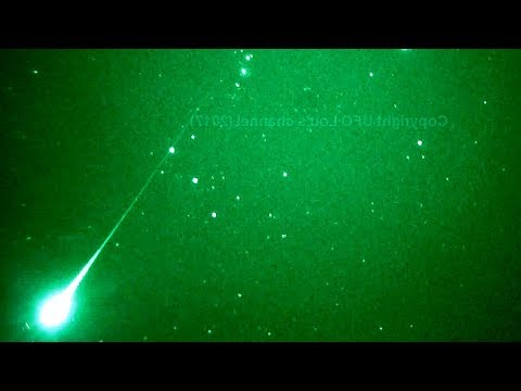 nouvel ordre mondial   UFO Recorded over Melbourne, Australia - December 12, 2017