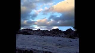صور الثلوج على جبل اللوز في تبوك