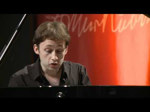 Bach - French Suite no. 5 in G major, BWV 816 - Alexandre Moutouzkine