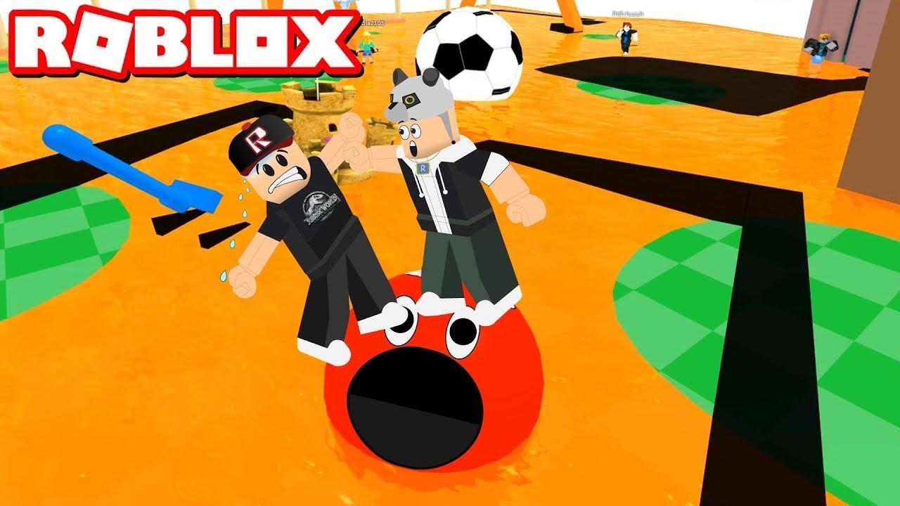 Parktaki Lavlardan Kaç!! - Panda ile Roblox The Floor Is LAVA!