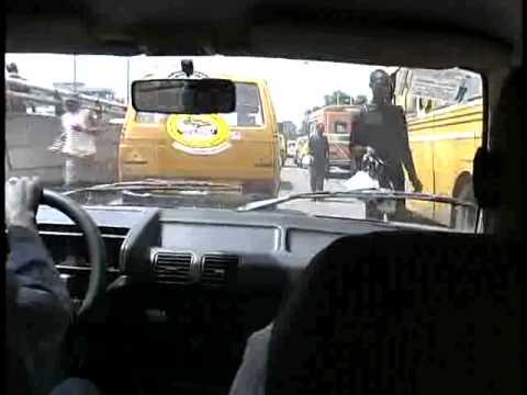 Lagos Nigeria: street vendors in the go slow