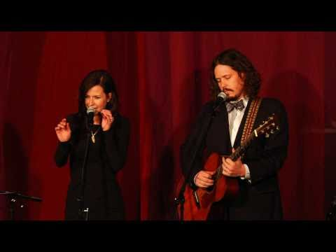 The Civil Wars - Tip of My Tongue (Live)