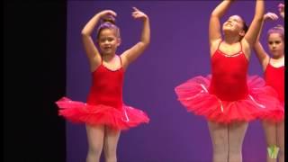 Ballet infantil alumnos de la Escuela de baile Francis y Dulce Gala fin de curso 2012