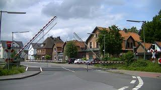 Spoorwegovergang BedburgHau (D)  Railroad crossing  Bahnübergang