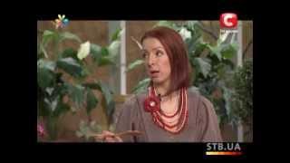🌼 Цветы из кожи мастер-класс(Как сделать цветы из кожи для украшения заколок, ободков для волос и тому подобное. Видео-мастер-класс из..., 2013-04-25T15:55:34.000Z)