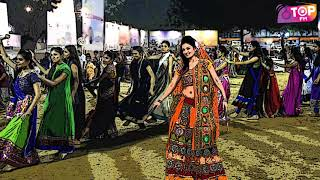 To all women who dance in navratri and complain about back ache all year | Top FM Radio Station