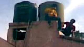 arreglando el tanque