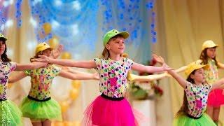 Классный детский танец 'Скучаем по маме' от Студии моды Легенда