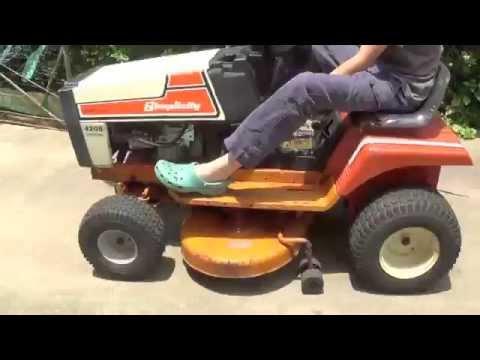 Simplicity 4208 Lawn Tractor | Simplicity Lawn Tractors: Simplicity
