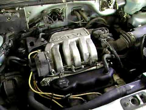 1990 Plymouth Grand Voyager trying to start w/bad fuel pump - YouTube