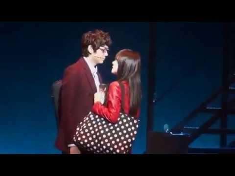 SNSD Tiffanys    Kiss Scene in the Fame Musical