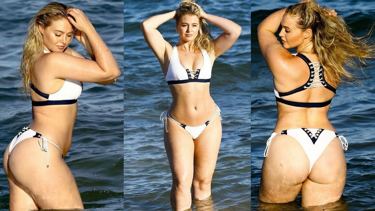 Iskra Lawrence Bikini Nude Photos 80