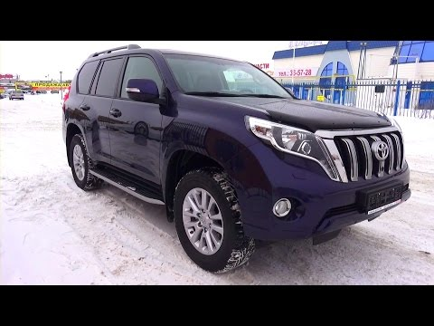 2015 Toyota Land Cruiser Prado. Start Up, Engine, and In Depth Tour.