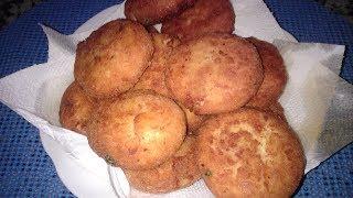 Fried  Stuffed  potato  balls    كرات البطاطا  المحشوة و المقلية