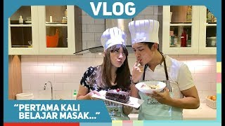 Video RANDY MARTIN #VLOG : FIRST TIME COOKING CLASS! download MP3, 3GP, MP4, WEBM, AVI, FLV Juli 2018