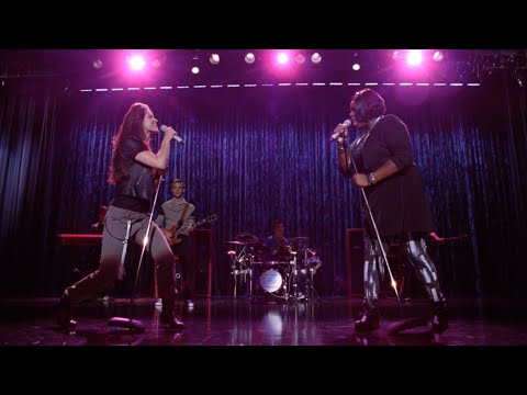 GLEE - Blow Me One Last Kiss (Full Performance) HD