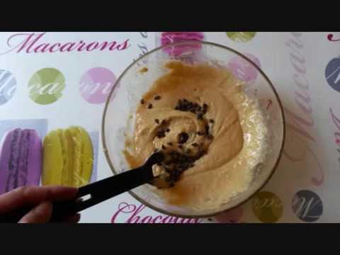 gâteau-aux-pépites-de-chocolat-et-pommes-et-amandes