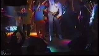 ダイナマイトポップスのライブにご機嫌な状態で飛び入りしたジェリー藤...