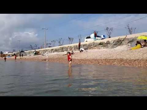 모래가 몸과 수영복에 묻지않는 서산 벌천포해수욕장 물도 맑고 차요