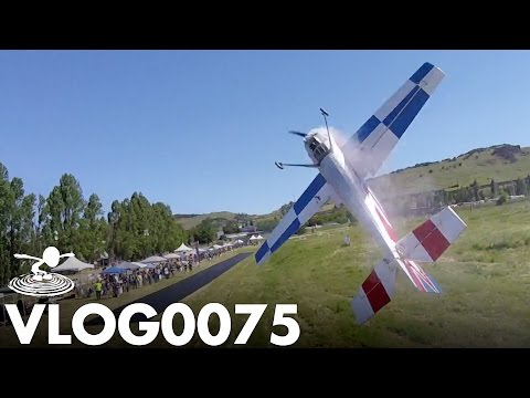 DRONE CHASES GIANT 3D PLANE | VLOG0075