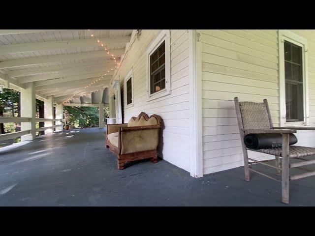 Unique 1850s Farmhouse - Mountain Views!!!