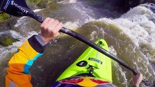 kayaker ben brown drops new zealand s wairua falls