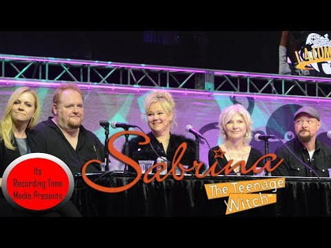 Stan Lee's LA Comic Con 2017: Sabrina The Teenage Witch Reunion Panel