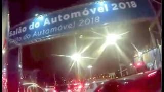 Giba da Chery indo embora do salão do automóvel 2016.