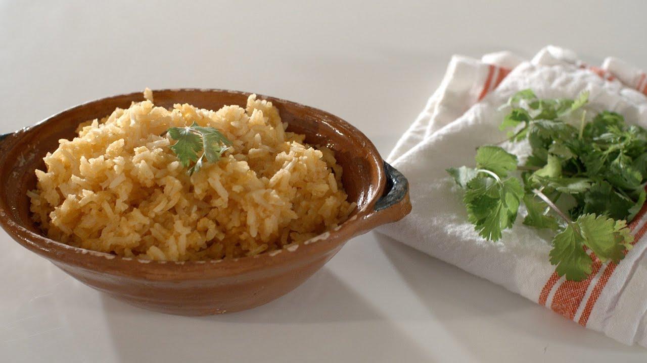 How To Make Mexican Rice (Como Hacer Arroz Mexicano)