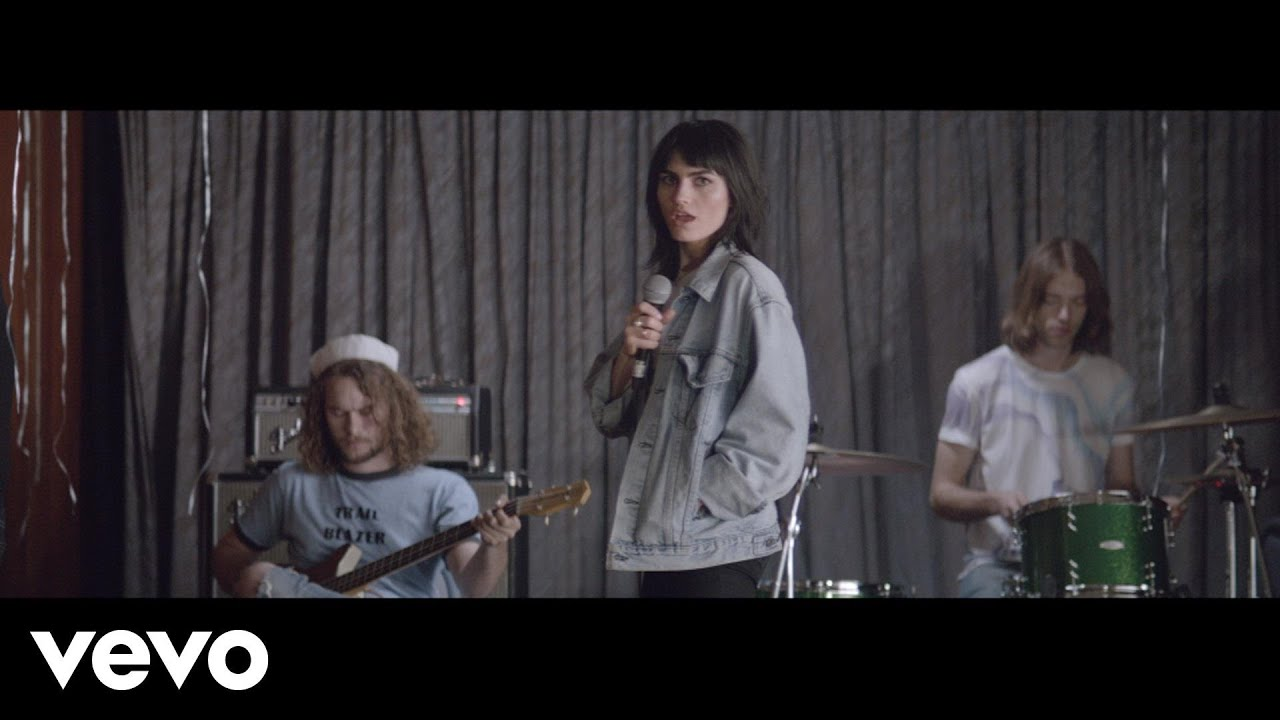 the-preatures-somebodys-talking-thepreaturesvevo