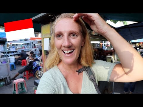 Trying To Speak INDONESIAN At Market in Bali